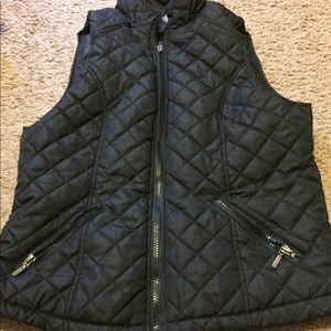 Lightweight black vest